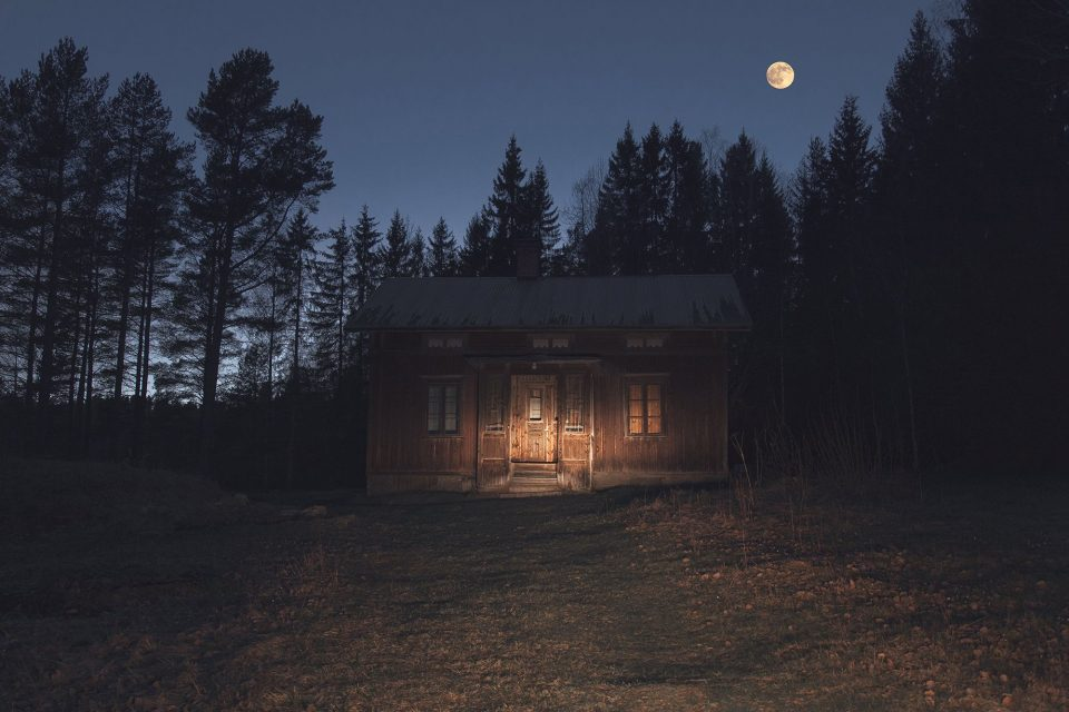 """House in the Woods, fotografia della serie """"In the Shadow of Dusk"""""""